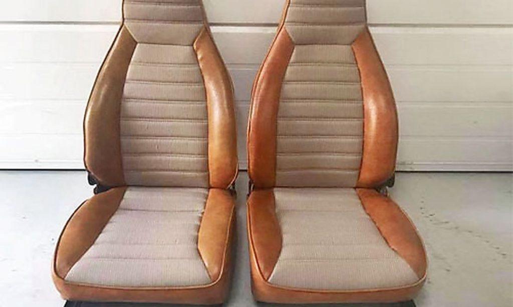 Sædebetræk i stof og læder